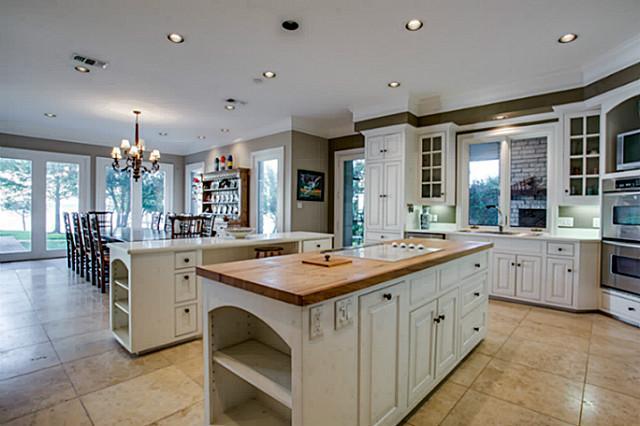 10 Island Drive Kitchen