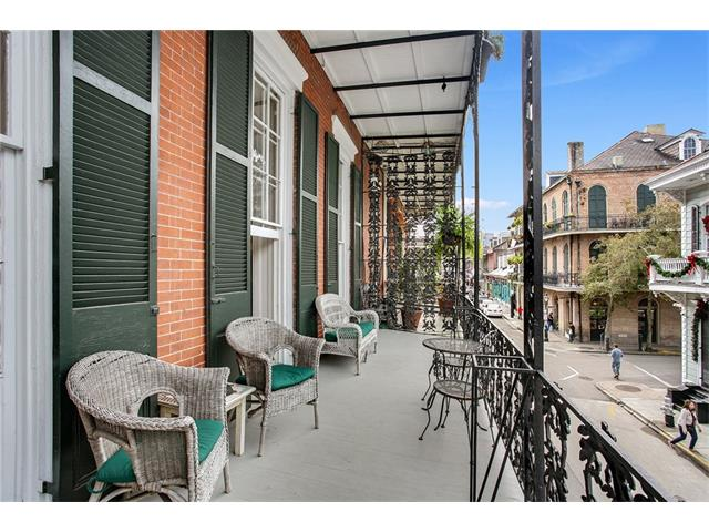 906 Royal Nola balcony 1a