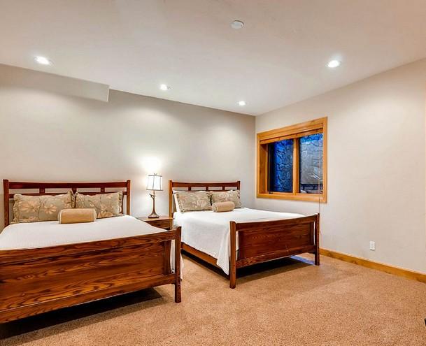 CASA AUCTION HOUSE 12pg