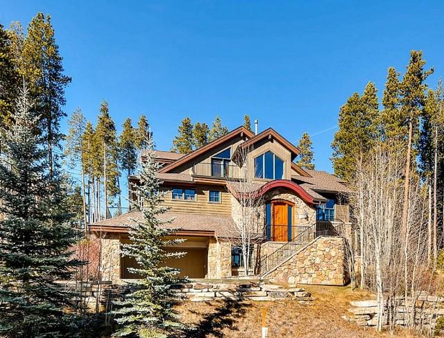CASA AUCTION HOUSE 18jpg