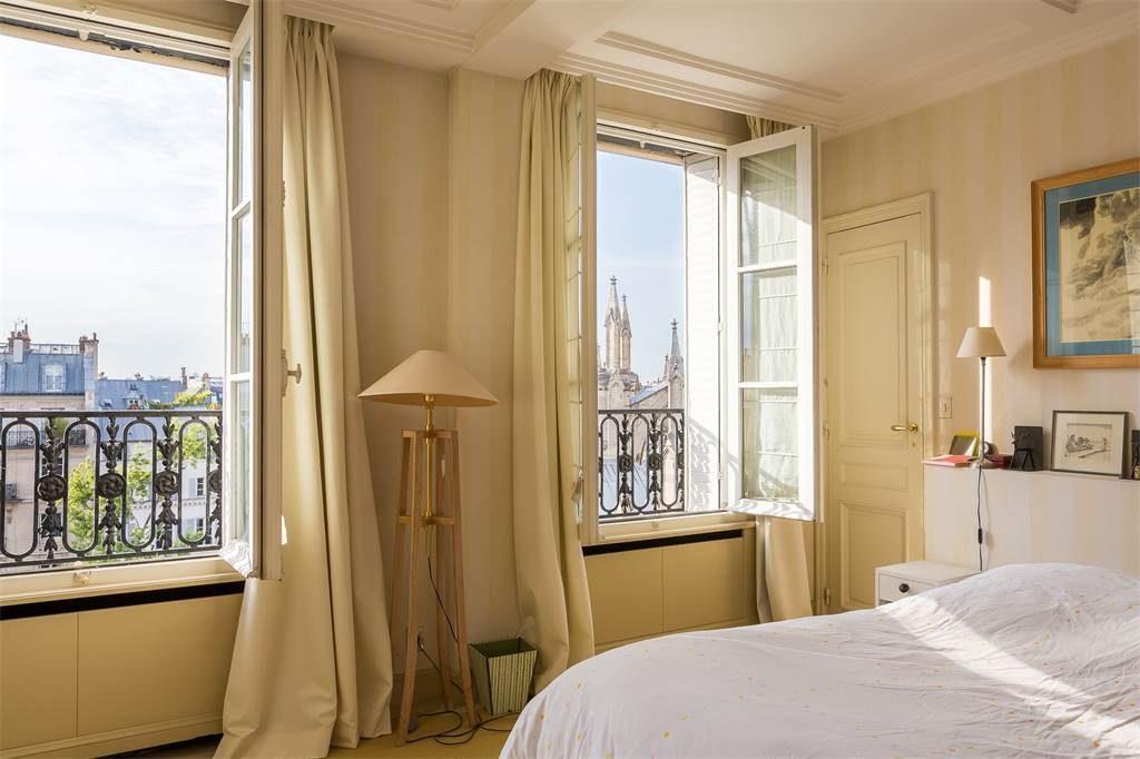 Clotilde Bedroom 1