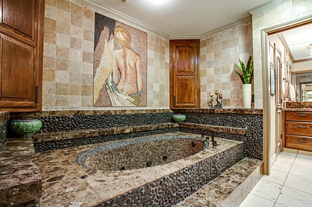 Master mosaic tub