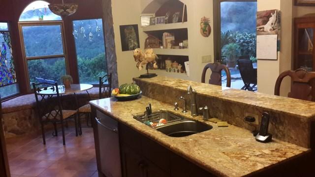 Panama kitchen nook