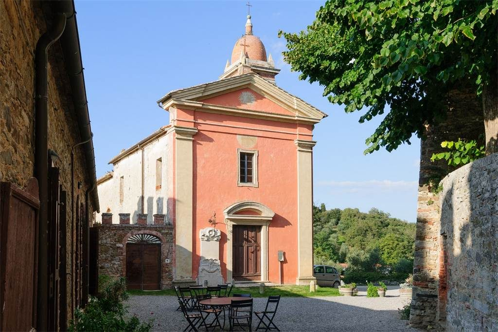 Sienna - Chapel 1