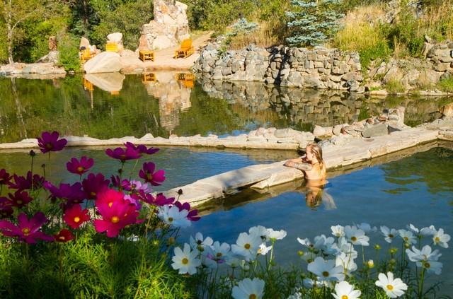 Strawberry Hot Springs. Photo credit: Noah Wetzel
