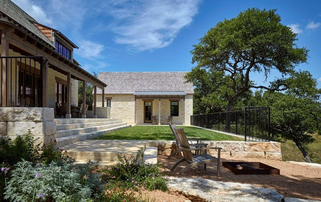 Boot Ranch Sunday House