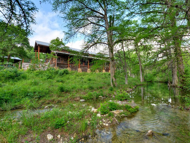26109 Wild River Rd. Spicewood
