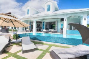 West Palm Beach Homes With Pools
