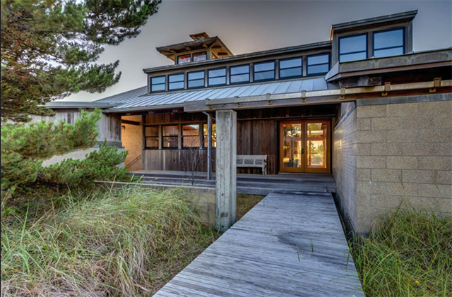 Concrete, wood, and metal blend seamlessly together. (Sotheby's International Realty)