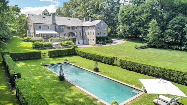 Greenwich Manor Of Empire State Builder Asks $8.295M